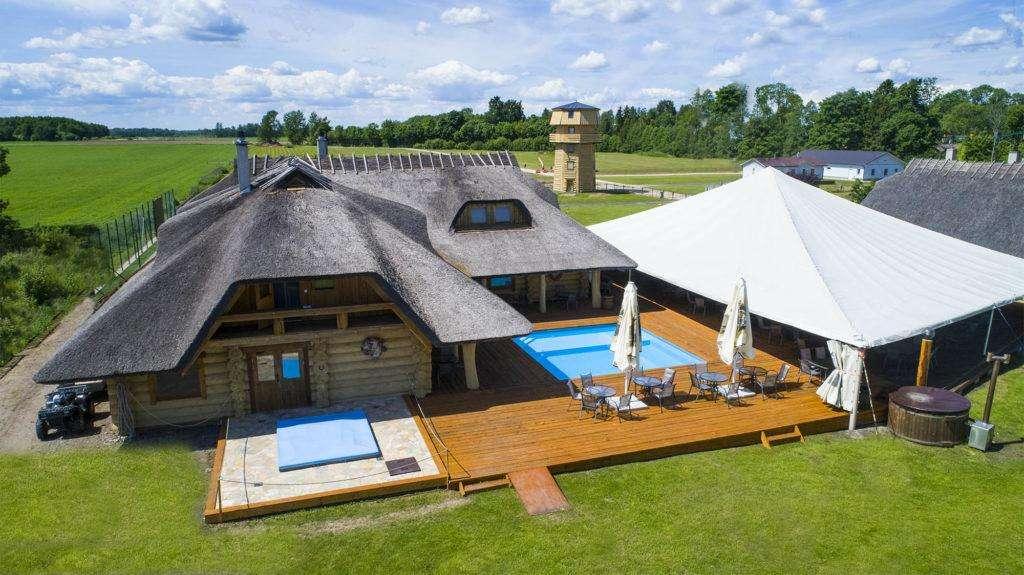От экстремальных приключений до ловли форели: 9 классных центров отдыха в Эстонии
