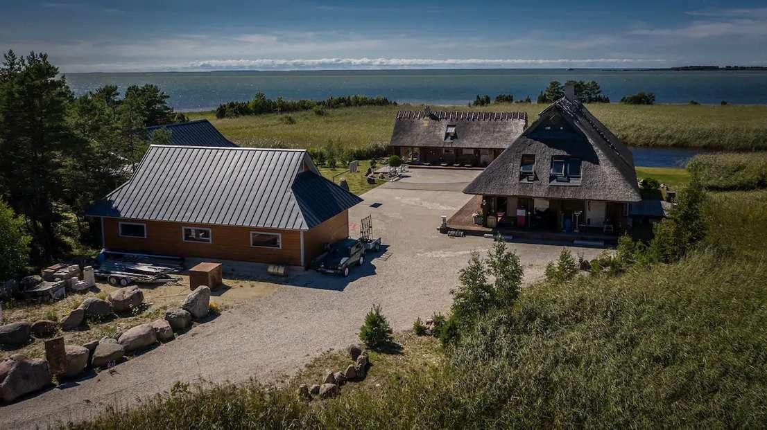 Дом в эстонии на берегу моря коммерческая недвижимость в испании цены
