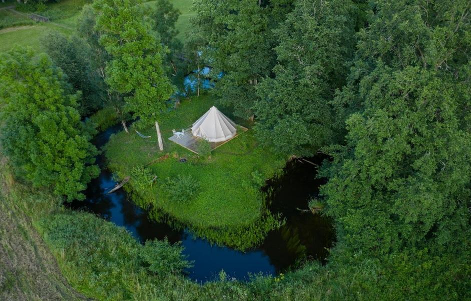 Палатки с гостиничным сервисом: 9 классных глэмпингов Эстонии